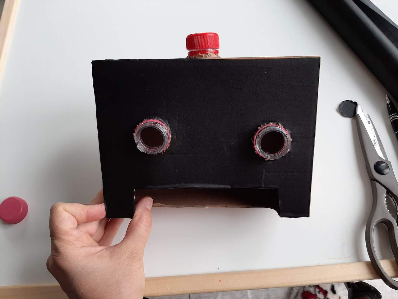 Fine motor skil diy robot