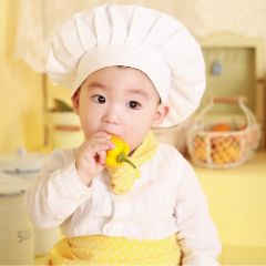 14 EASY KITCHEN ACTIVITIES WITH YOUR TODDLER