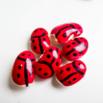 EASY DIY LADYBUG CRAFTS FOR KIDS
