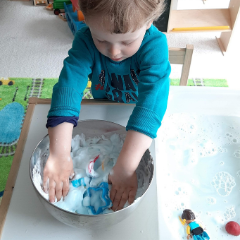 MYSTERY SNOW – A FUN SENSORY ACTIVITY FOR TODDLERS