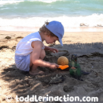 OUTDOOR SENSORY BIN EASY TODDLER LEARNING ACTIVITY